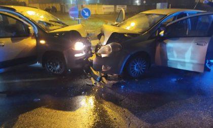 Frontale a Canonica, sei feriti sulla Provinciale FOTO
