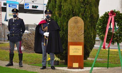 Una stele per i poliziotti uccisi a Dalmine