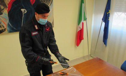 In fuga dopo l'Alt dei carabinieri, in auto avevano attrezzi per lo scasso