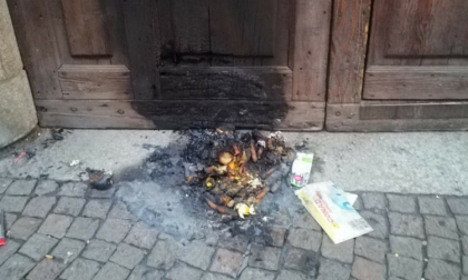 Appicca un incendio nel dormitorio della Caritas, preso dai carabinieri