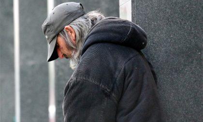 Clochard muore a Milano: aveva mezzi, proprietà e 120mila euro in banca