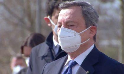 """Draghi in visita a Bergamo: """"Uniti, anche senza poterci abbracciare"""""""