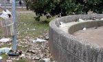 Gli atti vandalici continuano e sui social è polemica