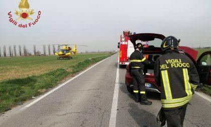 Scontro tra auto a Morengo, ferito un 73enne