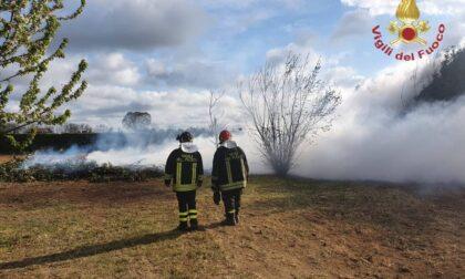 Incendio a Inzago, al lavoro i Vigili del fuoco di Treviglio