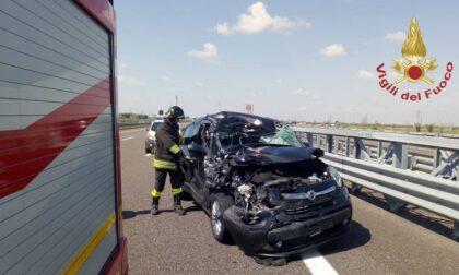 Contro un camion in Brebemi: ferito automobilista