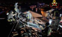 Tetto in fiamme, Vigili del fuoco in azione a Castel Rozzone