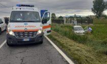 Auto fuori strada, donna di 45 anni viene portata al Niguarda