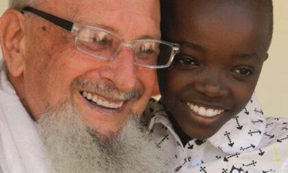 """""""Dove tutti scappano noi andremo"""": chi era padre Fulgenzio Cortesi, morto  in Tanzania"""