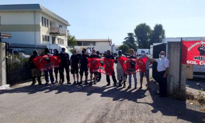 Presidio solidale alla Gls, due ore di sciopero per Adil