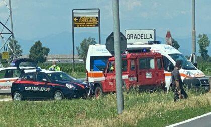 Schianto all'incrocio per Gradella, due feriti in ospedale