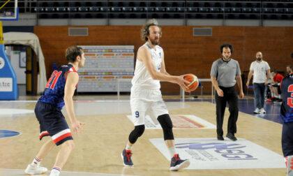 Romano Basket saluta il totem Paolo Chiarello