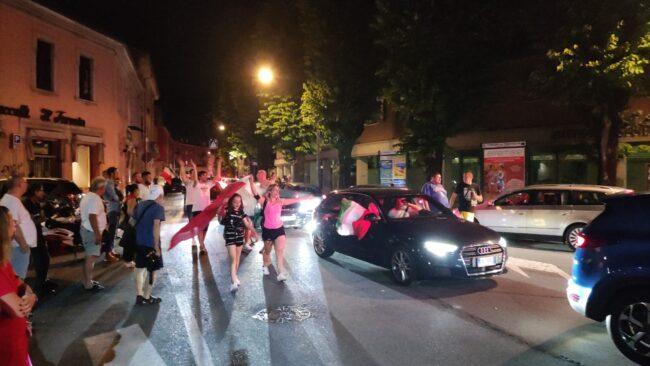 Italia campionessa d'Europa, esplode la festa a Treviglio