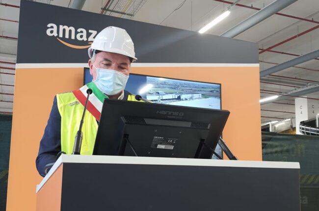 Cividate sindaco Gianni Forlani ad Amazon inaugurazione polo