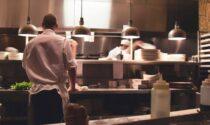"""Green Pass, la perplessità di baristi e ristoratori: """"Come faremo a far rispettare il decreto?"""""""
