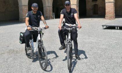 Pattuglia ecologica, i vigili viaggiano anche in bicicletta elettrica