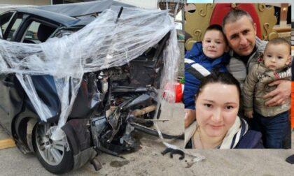 Tragedia in autostrada, morti due fratellini di Cassano