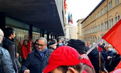 Solidarietà alla Cgil dopo l'assalto di gruppi fascisti e no vax alla sede nazionale