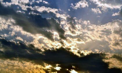 Sole fino a mercoledì, poi nuvole e piogge sparse | Meteo Lombardia